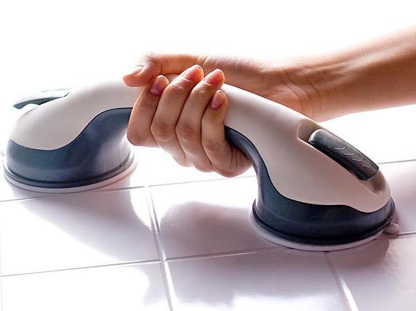 Пластиковая ручка поручень  для ванной комнаты на вакуумных присоска