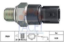 Датчик давления масла Renault Duster (FACET 7.0181)