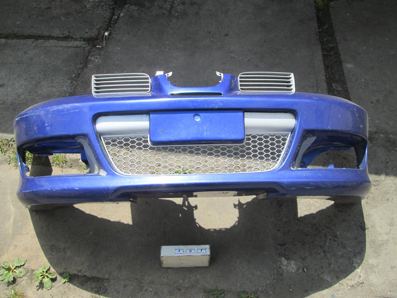 №121 Б/у  бампер передний для Seat Toledo II 1999-2004 (дифект)