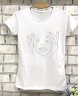 Женская футболка с модным контурным принтом
