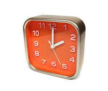 Настольные часы квадратные с будильником