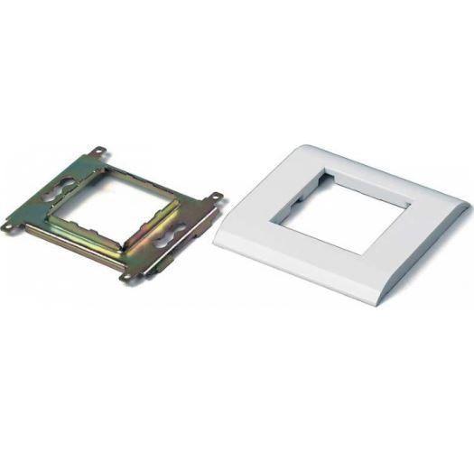 Рамка розетки внутренней 80х80 без вставки (внутренний размер 50х25)