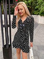 Женское стильное платье в горох на запах
