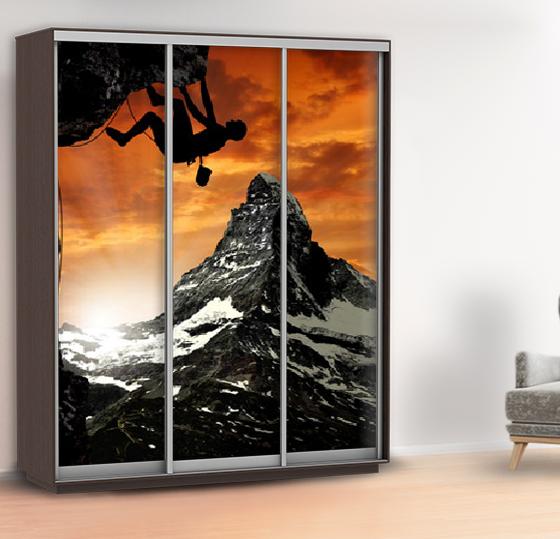Наклейка на шкаф горы (самоклейка для шкафа скалолаз) 240 х 100 см с защитной ламинацией