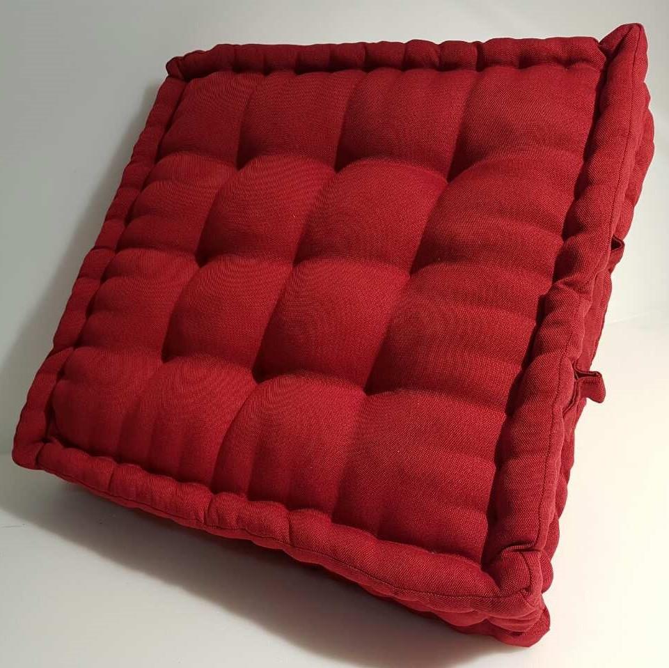 Квадратная мебельная подушка на заказ
