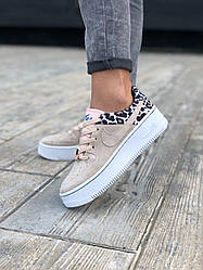 Жіночі кросівки Nike Air Force Low Sage Platform Beige (бежевий)
