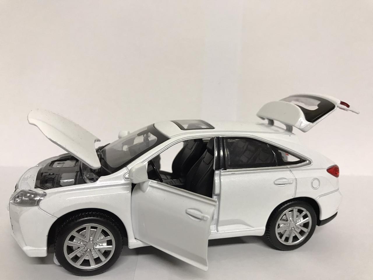 Металлическая машинка Lexus RX450h, белый