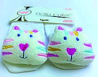 Хлопковые носочки с игрушкой на мыске для детей от 6 месяцев до 12 месяцев Белые в сеточку с розовым цветком и Котиком
