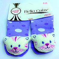 Хлопковые носочки с игрушкой на мыске для детей от 6 месяцев до 12 месяцев Фиолетовые в белый и сиреневый горошек с Котиком