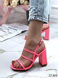 Женские яркие босоножки с квадратным каблуком 10 см с ремешками, бежевые, розовые, салатовые, розовые, черные, фото 4