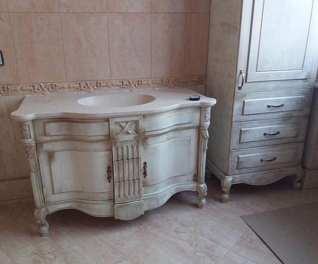 Мебельный гарнитур в ванную комнату