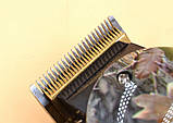 Профессиональная машинка для стрижки волос Gemei GM - 1018 с 4 насадками декорированная, фото 2