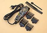Профессиональная машинка для стрижки волос Gemei GM - 1018 с 4 насадками декорированная, фото 3