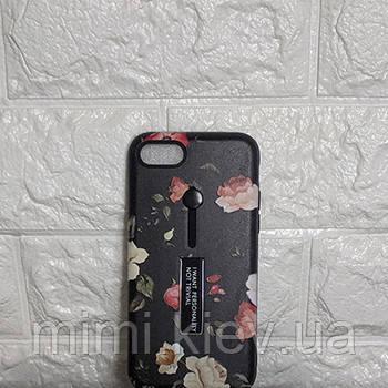 Пластиковый чехол для iPhone 8