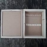 Ключница закрытая настенная деревянная 23х18 см. на 5 ключей, фото 7