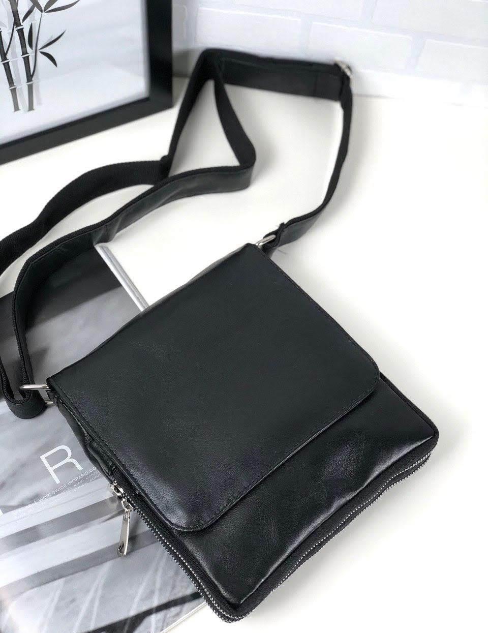 Женская сумка-мессенджер черная натуральная кожа код 22-21