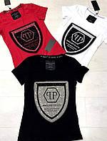 Яркая молодежная коттоновая футболка с круглой горловиной  и коротким рукавом
