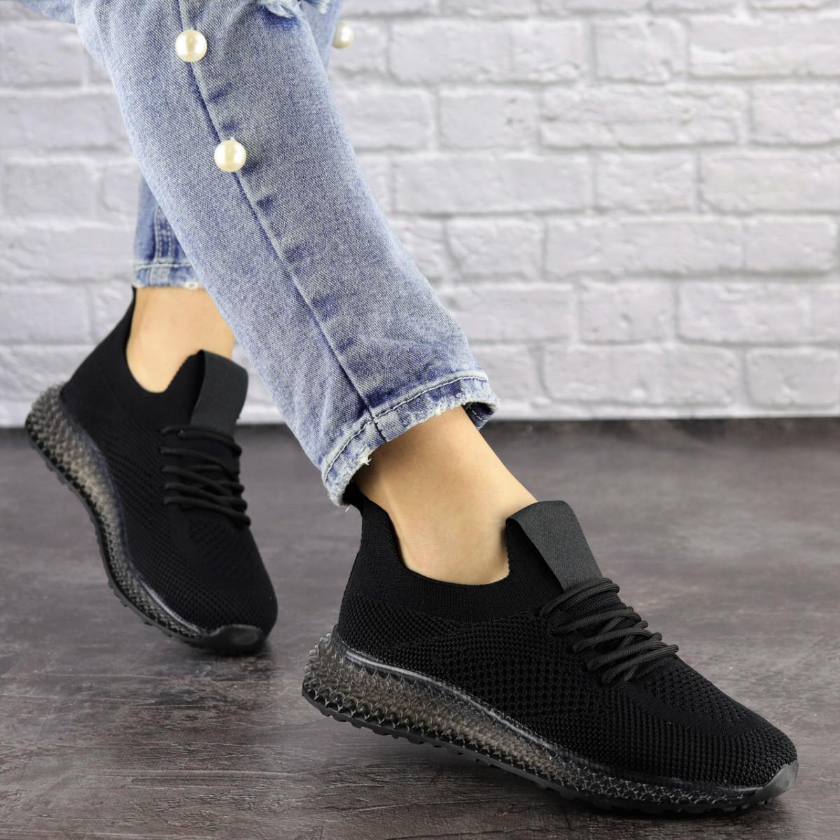 Женские черные кроссовки Naya
