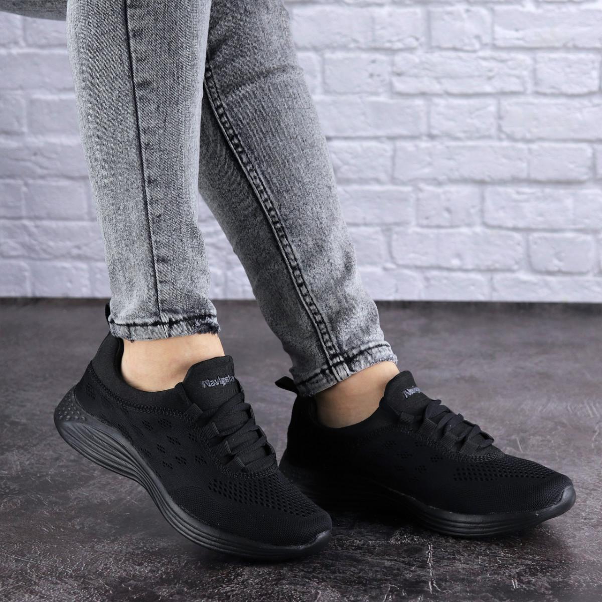 Женские черные кроссовки Ninou