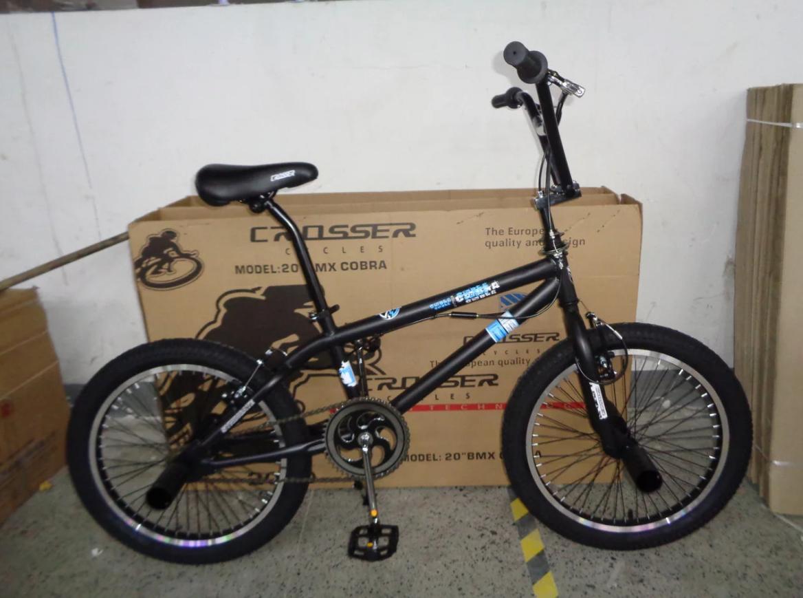 Двухколесный трюковый велосипед 20 дюймов Cobra BMX черно-голубой