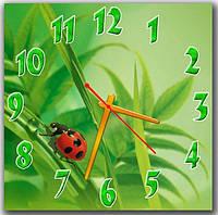 Зеленые настенные часы на кухню  Лето, 30х30 см
