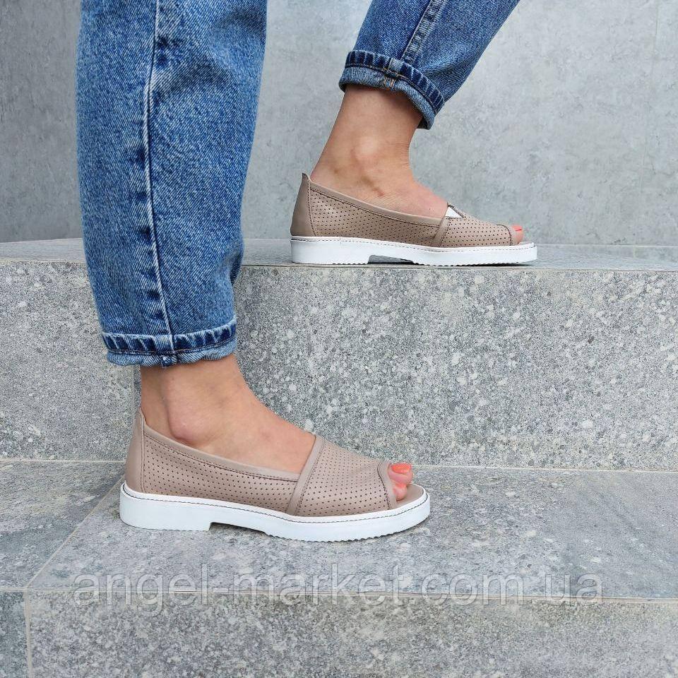 Летние кожаные туфли с открытым носком. Новинка 2020