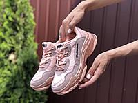 Женские розовые кроссовки Balenciaga Triple S  (реплика)