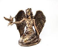 Статуэтка полистоун Ангелочек  с голубем, Veronese