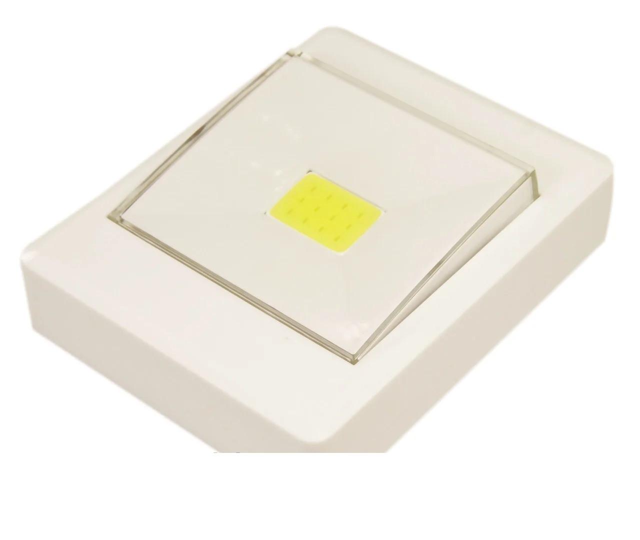 Настенный светильник Выключатель WD308/4хAAA с магнитным креплением и липучкой под шурупы на батарейках