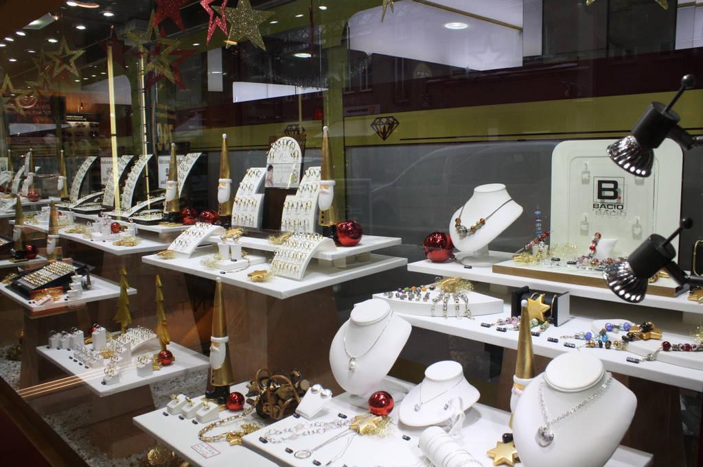 Светодиодное освещение ювелирных и сувенирных магазинов и салонов