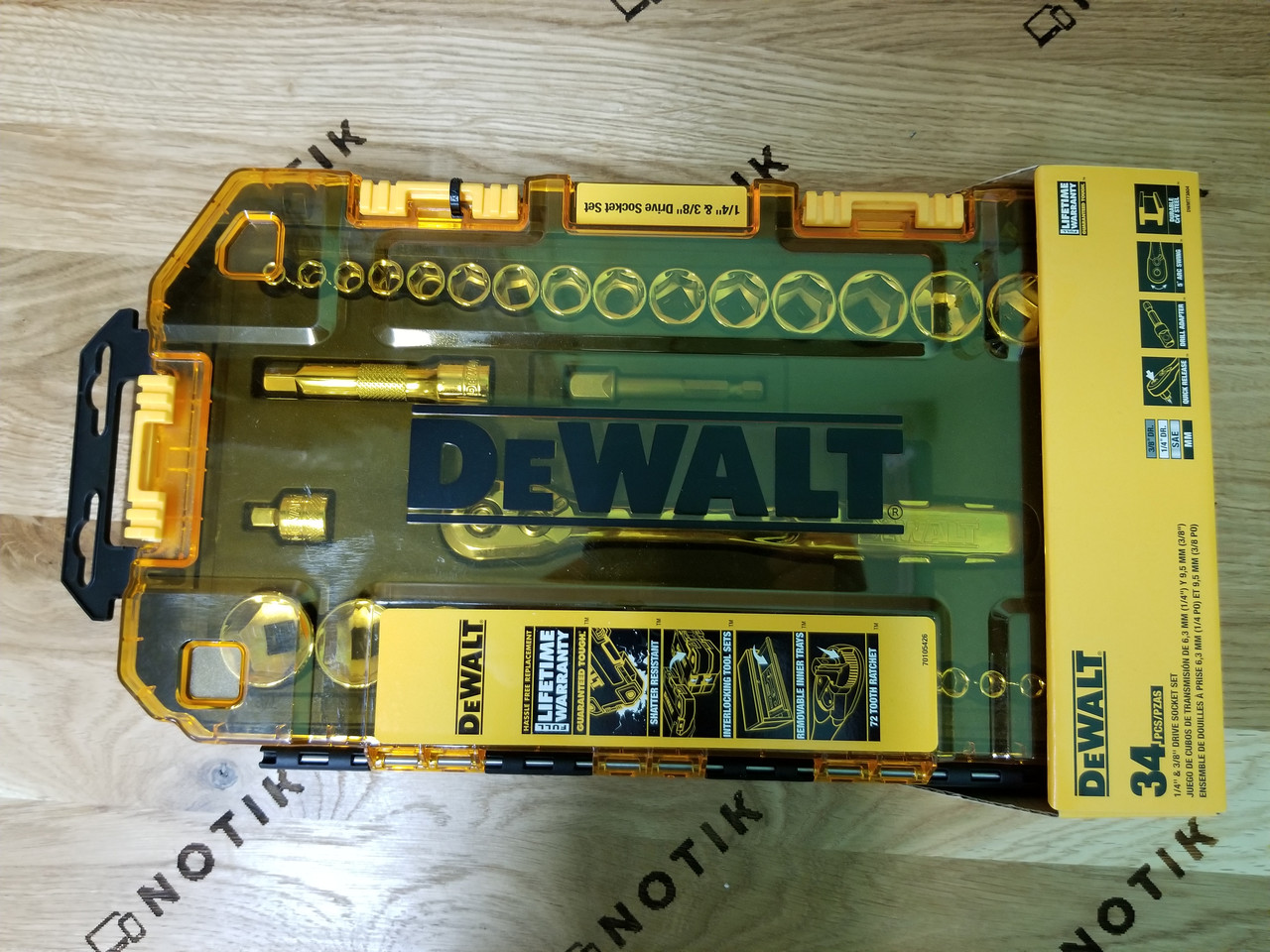 Ключ з трещеткой і набір насадок 34шт DeWALT (DWMT73804)