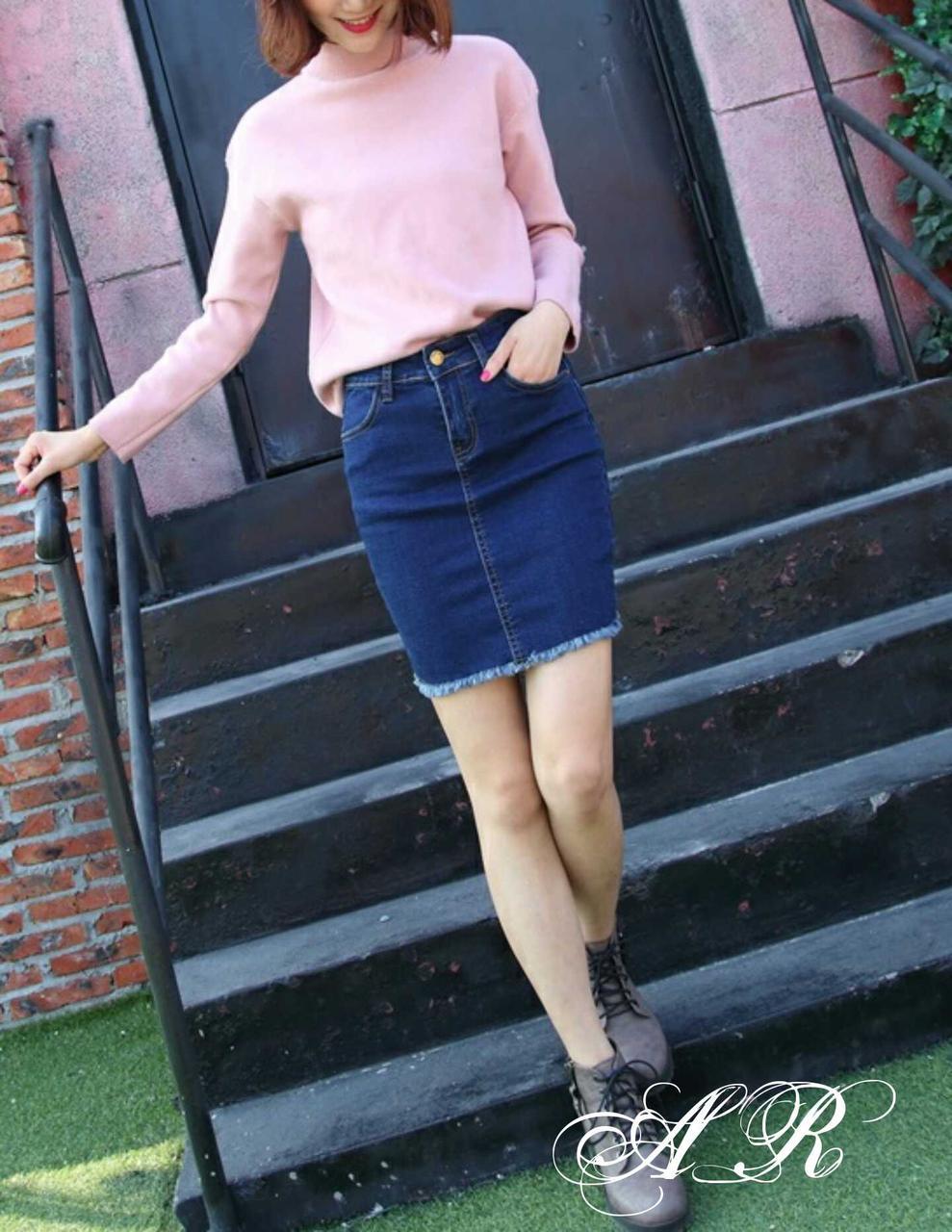 Женская джинсовая юбка - карандаш выше колена с необработанными краями vN8577