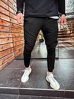 Мужские спортивные штаны черные U7