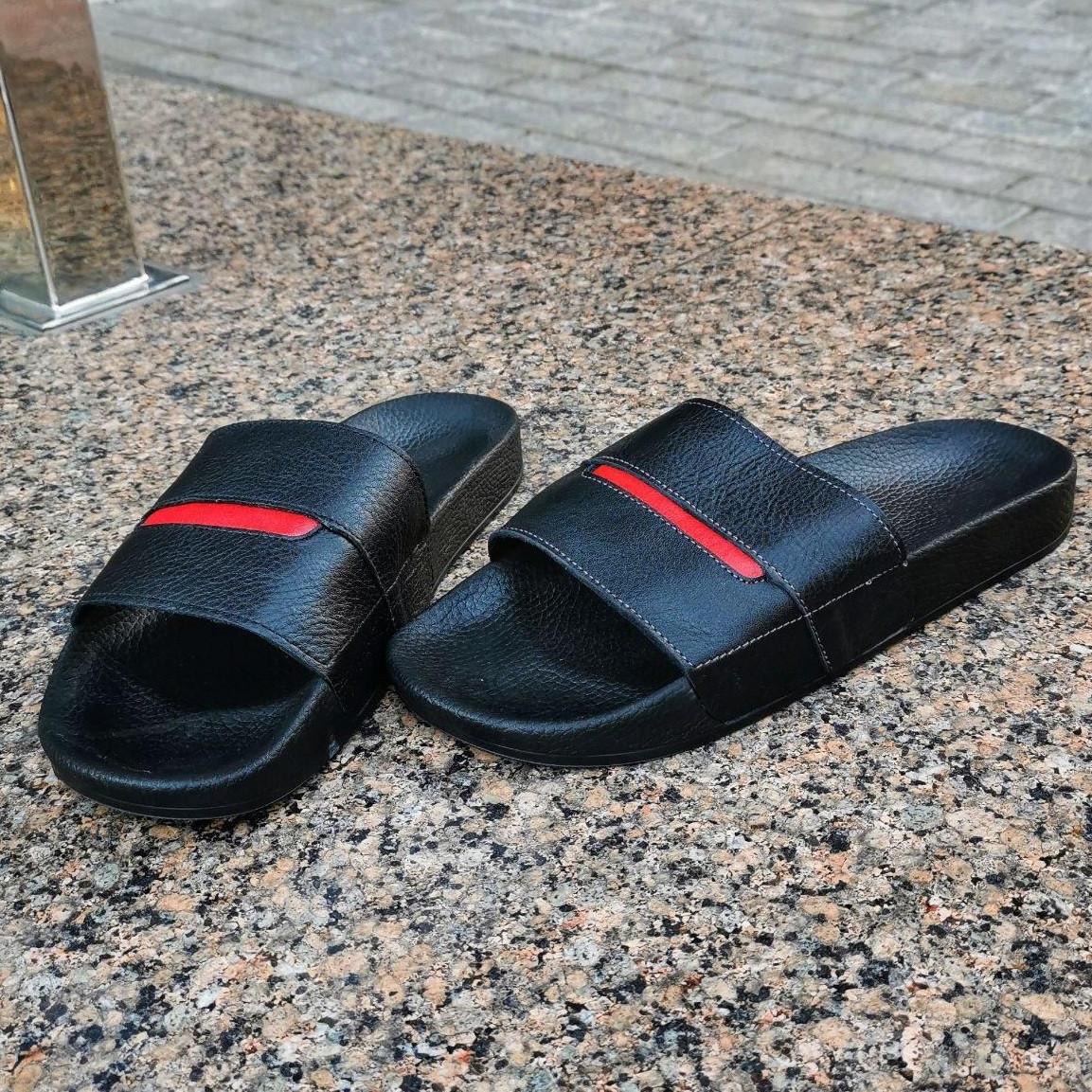 Мужские шлепки летние низкие шлепки кожаные черные с красным. Живое фото. Реплика