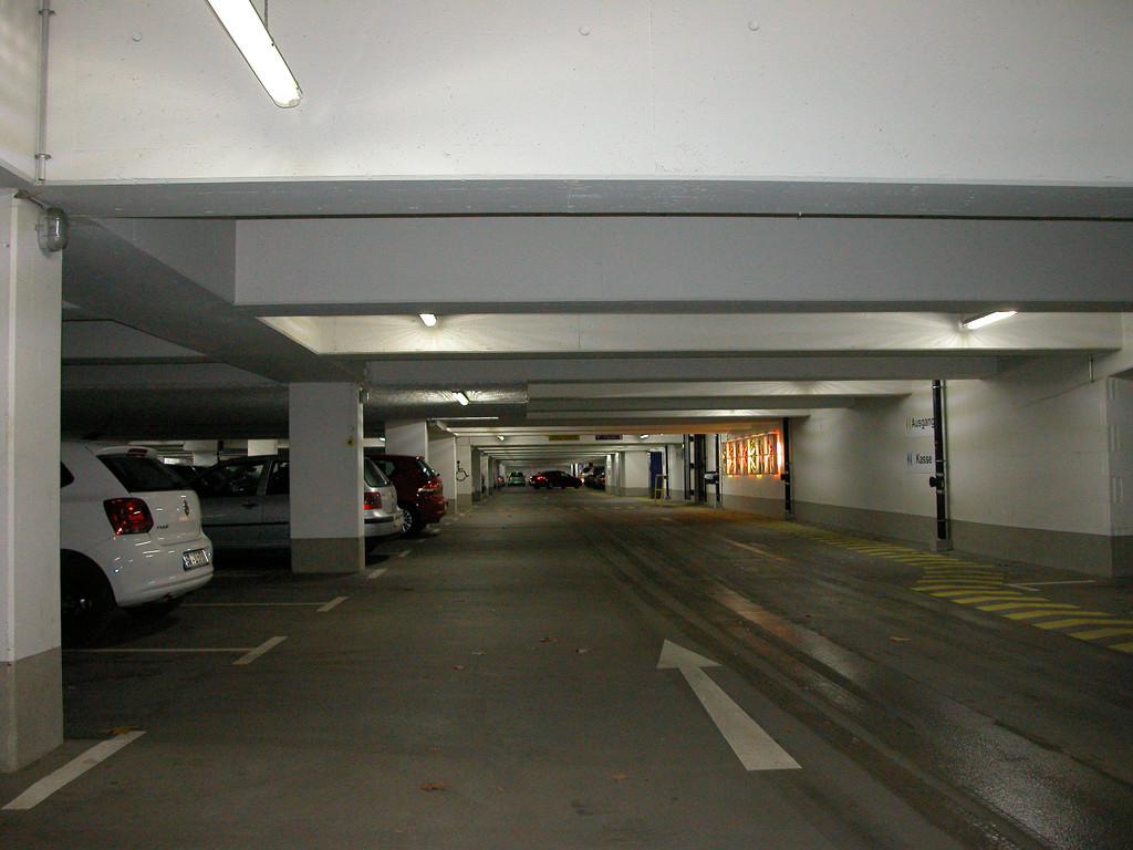 Освещение подземных гаражей и паркингов