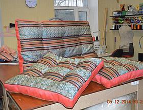Объемная декоративная подушка с втяжками
