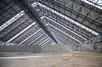 Построить склад и хранилище из металлоконструкций. Бетонирование промышленного пола, монтаж сэндвич-панелей.
