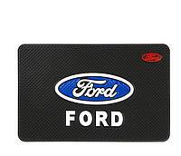 Антиковзаючий килимок в машину на торпеду Ford