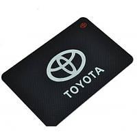 Антиковзаючий килимок в машину на торпеду Toyota