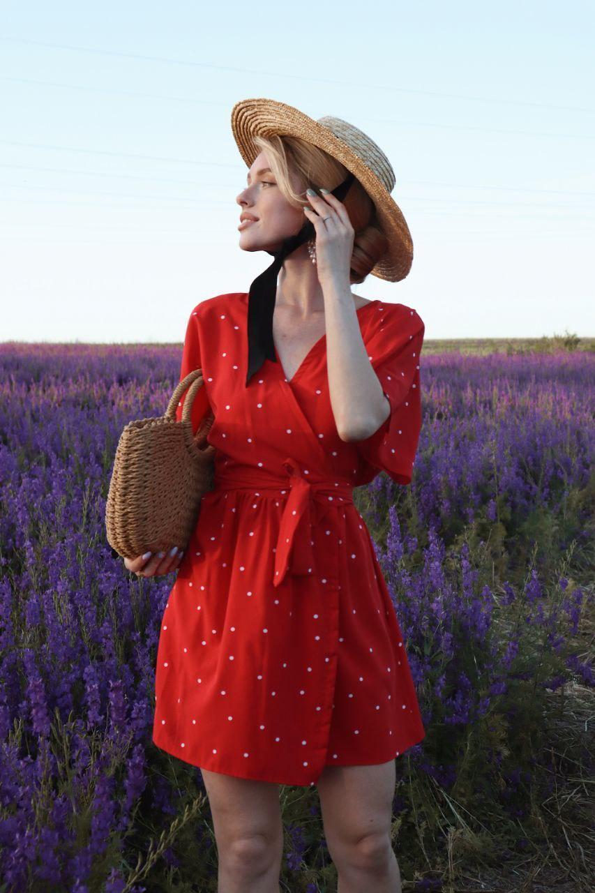 Платье красное в горошек софт