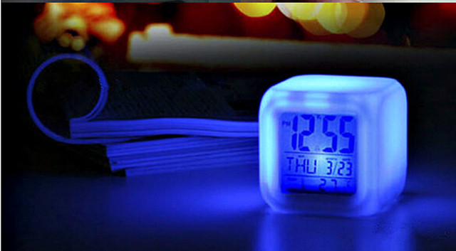 часы будильник электронные