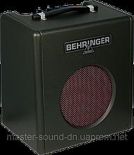 Комбик басовый Behringer THUNDERBIRD BX108