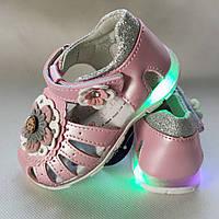 Детские светящиеся босоножки сандалии сандали с led подсветкой для девочки розовые 23р 13,5см