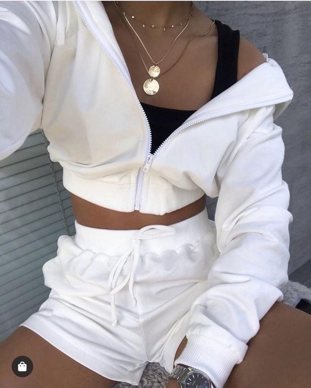 Жіночий літній костюм шорти і короткий худі на блискавці