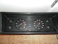 Панель приборов ВАЗ 2107, фото 1