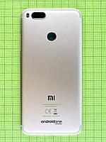 Задняя крышка Xiaomi Mi A1, золотистый Оригинал