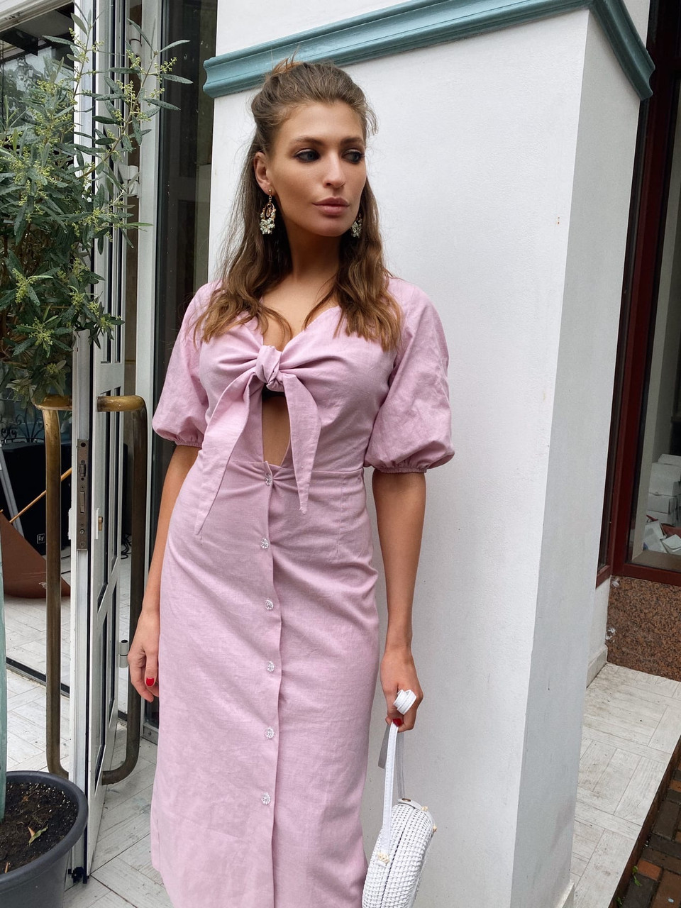 Льняное платье на лето с пуговицами на юбке и лифом на завязке 63py1234