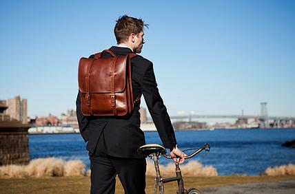 Модный мужской рюкзак в винтажном стиле - почему он должен быть в вашем гардеробе?