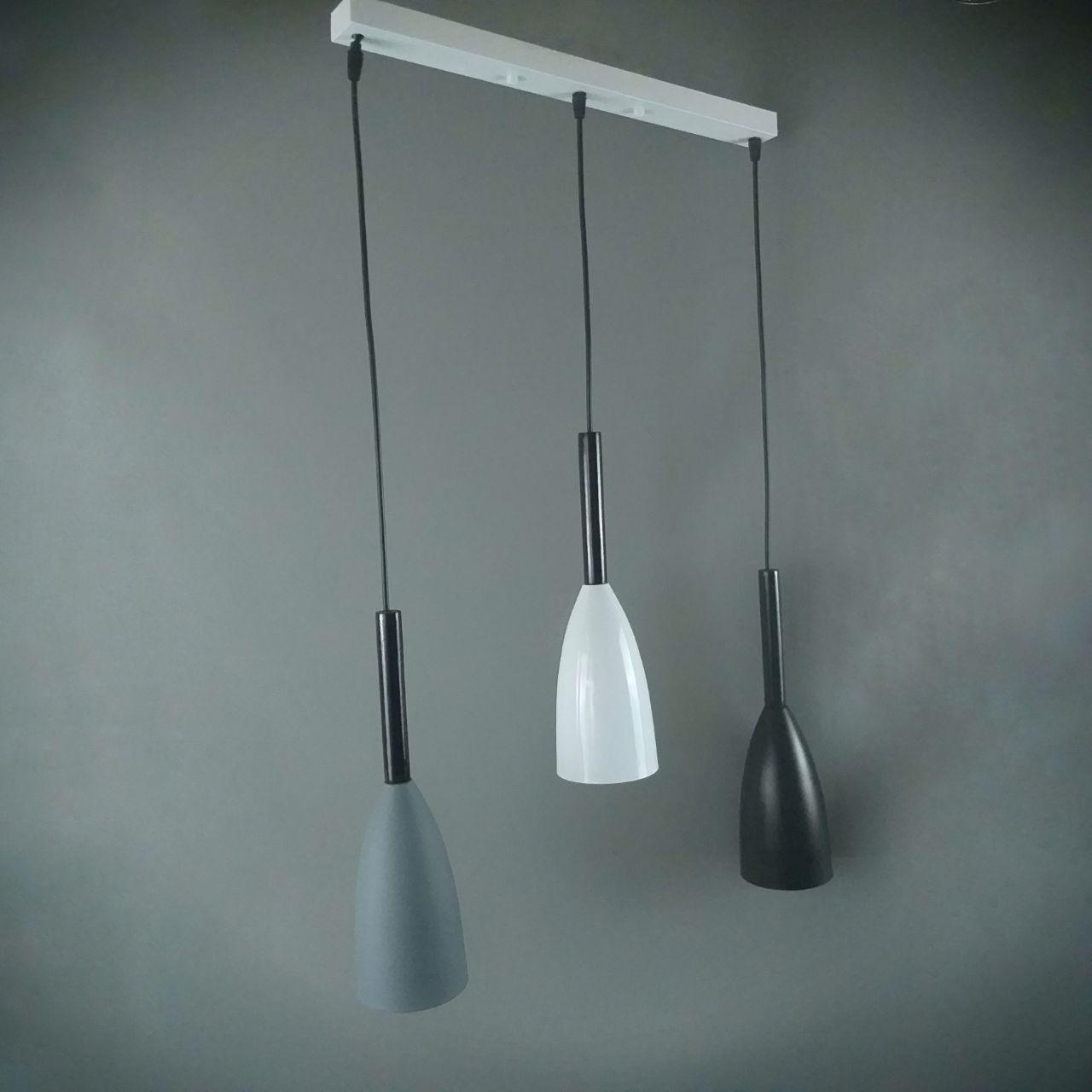Люстра подвесная на три черно- бело- серых плафона с пробковыми вставками 29-X2754/3 WT+MIX