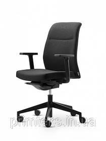 Кресло Wiesner-Hager Paro_business_2  с подлокотниками